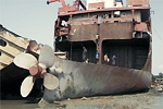 Bangladesh: Ship Breaking Sector being brought under law: 1000-bed hospital planned at Chittagong Port