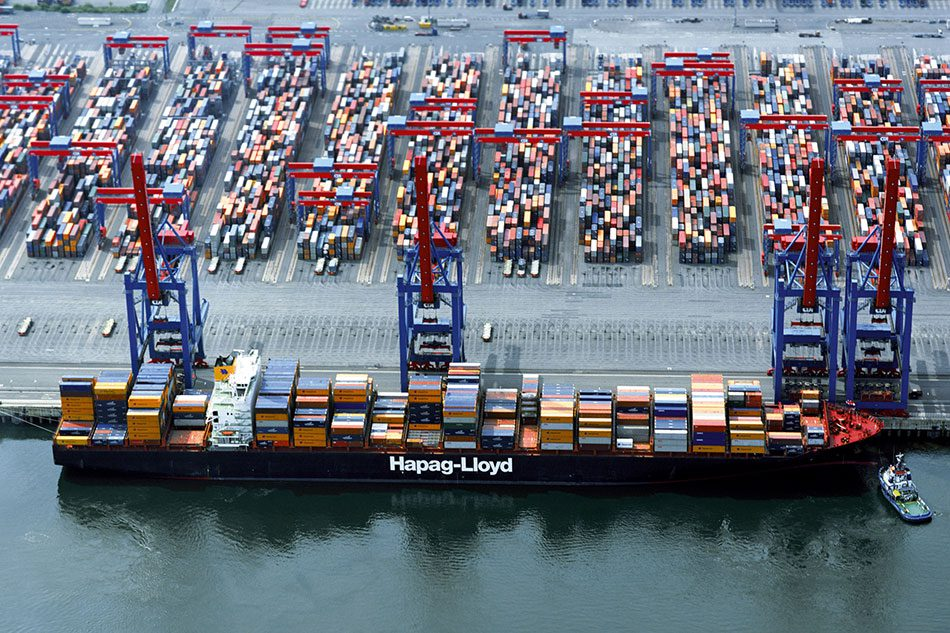 Shanghai-Express-hapag-lloyd-ship
