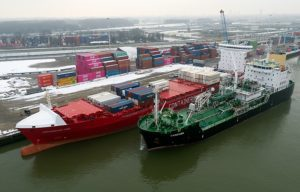 containerships nord first LNG bunkering
